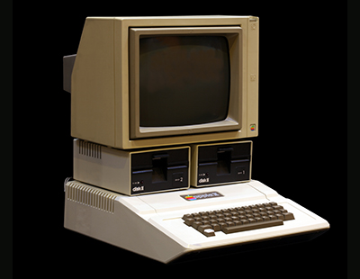 Photo of a Apple II courtesy of Wikipedia.org